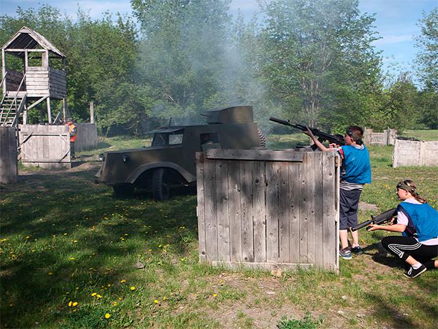 Автотехника на пейнтболе в Красноярске бронеавтомобиль БА-20